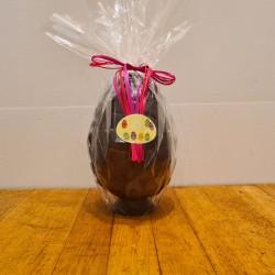 Hel påskeæg i mørk chokolade, ca. 19 cm. DENNE VARE SKAL AFHENTES I BUTIKKEN